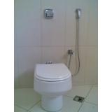 bacia sanitária com válvula